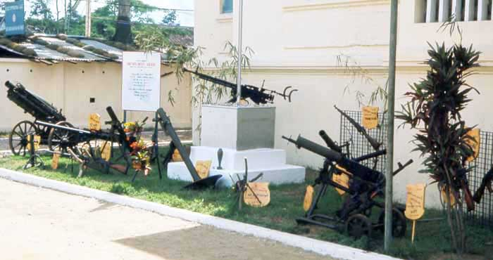 Bien Thuy Air Base, Captured VC weapons and mortars. MSgt Summerfield, 1968: 02