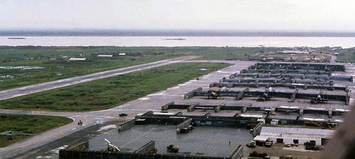 Bien Thuy Air Base, apron revetments. Mekong River. MSgt Summerfield, 1968: 22