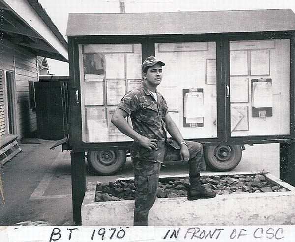 1. BT AB:Sgt Jaime (LQ) in front of CSC.Photo by Jaime Lleras. 1970.