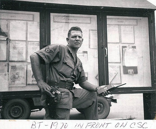 2. BT AB:SSgt in front of CSC. I can't recall his name. Photo by Jaime Lleras. 1970.