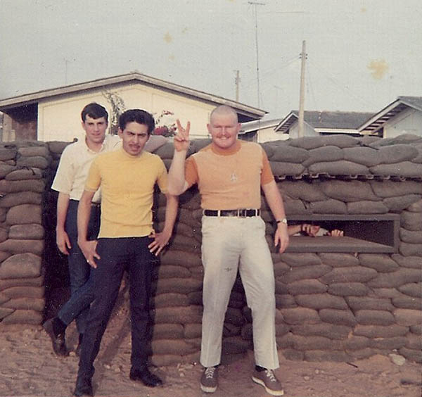 7. BT AB: Weyland, Campos and Curly. Photo by Jaime Lleras. 1970.