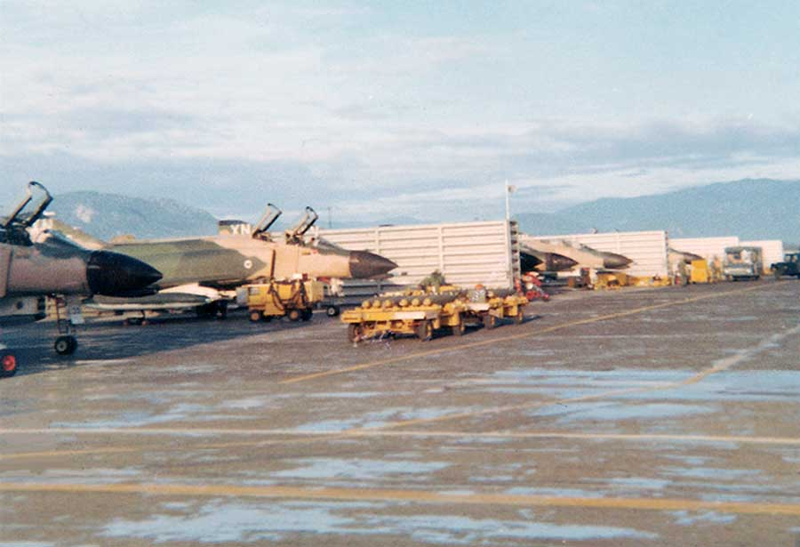 Cam Ranh Bah AB: F-4  Phantom flight line.