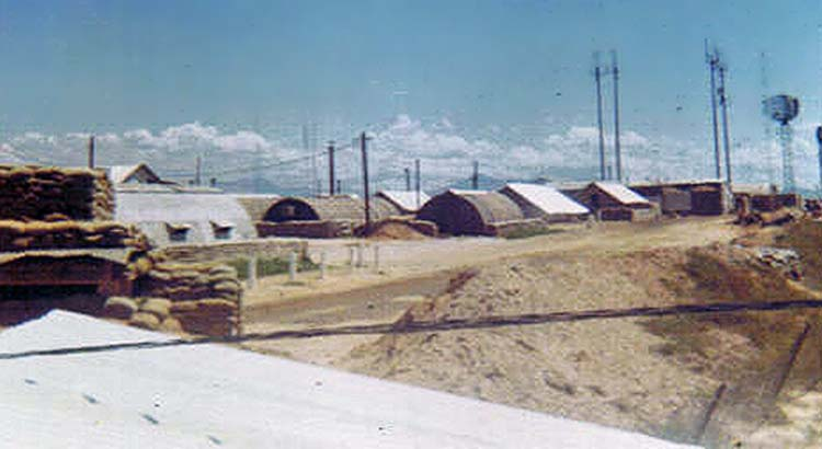 4. Đông Hà Air Base, Quonset Huts and radar.
