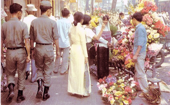 7. Saigon, SVN: Saigon Flower Market. Photo by Vernon Hodge, 1968.