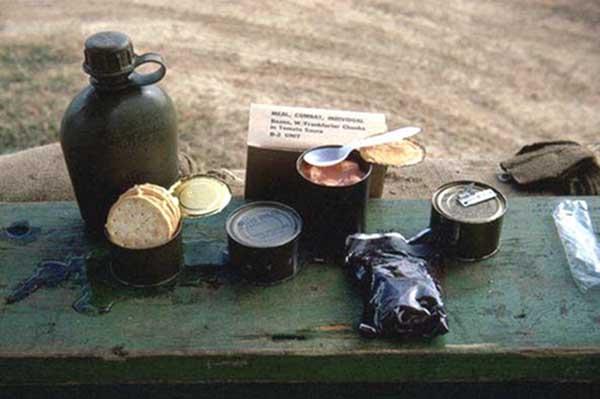 22. Da Nang AB, 366th SPS.B2 unit, C-rats. Beans and Franks. Photo by: James Paul Mashburn 1966-1967.