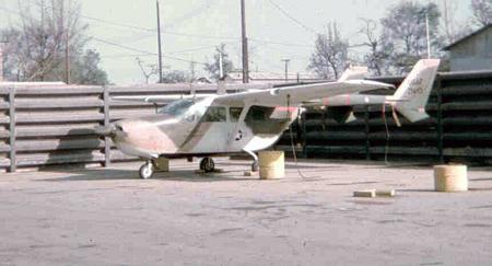 14. Da Nang AB, flight line, O-2 (push/pull).