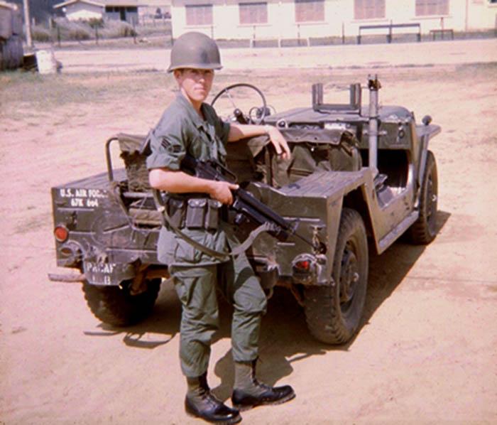 3. Mel Hecker. Too Cool QRT jeep. 1968.