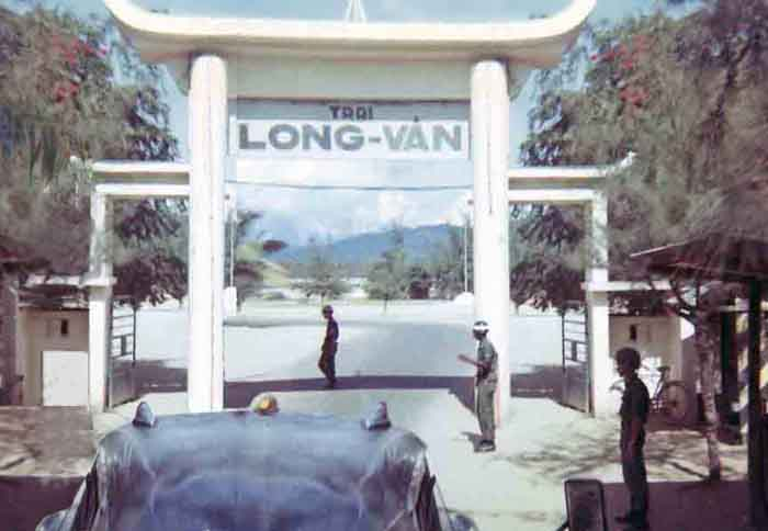 6. Nha Trang AB, Civilain Gate. Trai Long-Van. Photo by: Glen H. Myers. 1965.