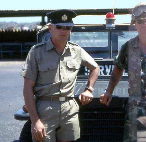 RAAF MP Jeep, CPL Neal McDonald with MSgt Summerfield: 18