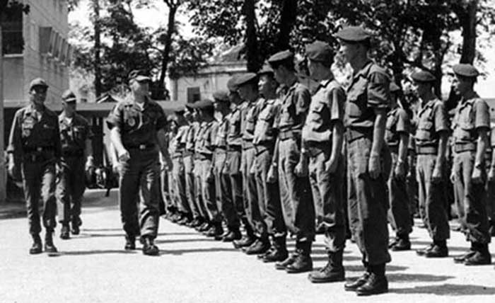 2. Lt. Duncan, SSgt Charles Hyde inspecting Nung Guards.Photo by Kailey Wong, 1967-1968.