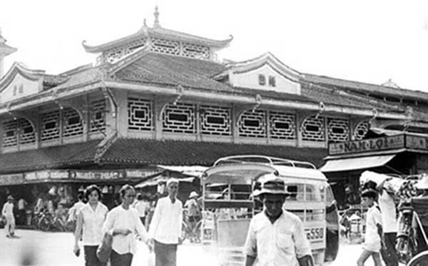 5. Saigon Market. Photo by Kailey Wong, 1967-1968.