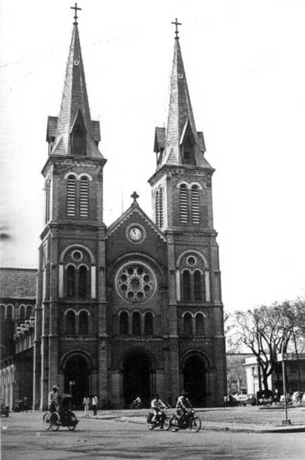 9. Cathedral. Photo by Kailey Wong, 1967-1968.