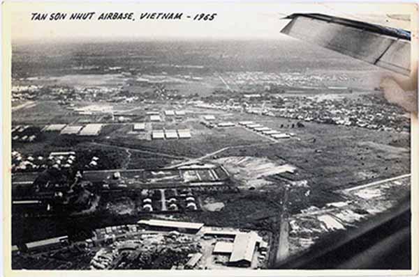 2. Tan Son Nhut AB: Aerial view.Randy Stutler, 1965.1966.
