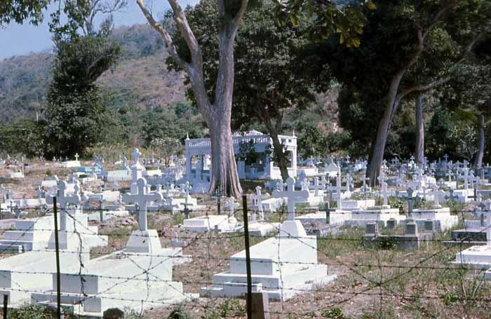 Vung Tau cemetery-graveyard. MSgt Summerfield: 10