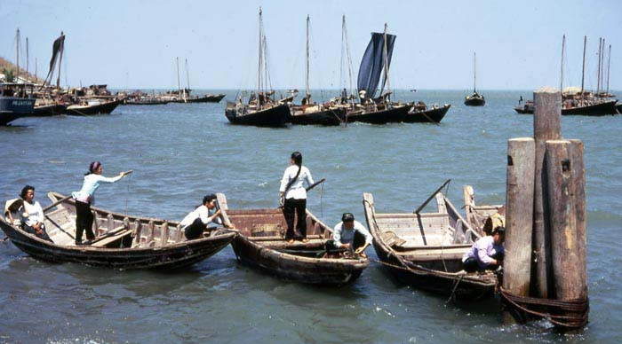 Vung Tau fishing-village and fishermen. Nearby VT. MSgt Summerfield: 20