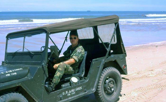 VT USAF jeep at beach. MSgt Summerfield: 18