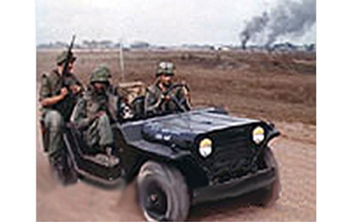 week-2004-10-25-tsn-377th-sps-tet-defense-sm
