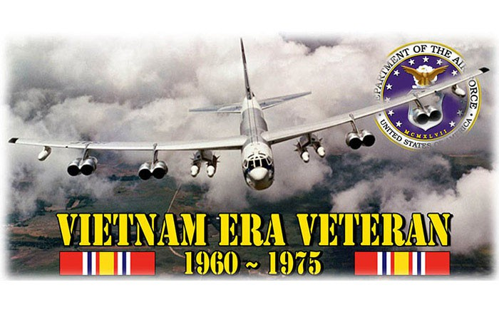 week-2010-04-28-war-vietnam-era-veteran-02-1960-1975-b52-don-poss-sm