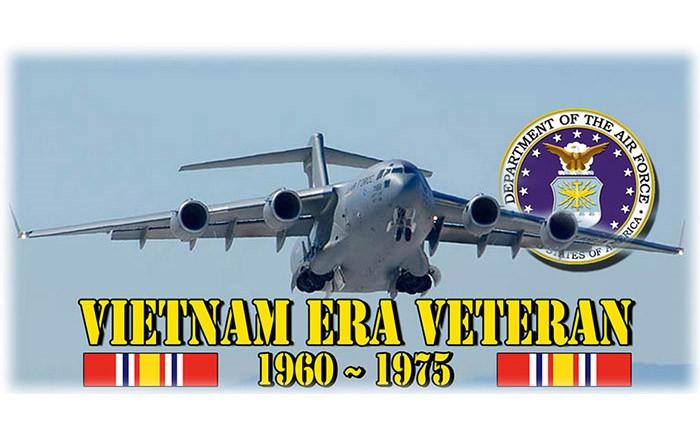 week-2010-04-28-war-vietnam-era-veteran-03-1960-1975-b52-don-poss-sm